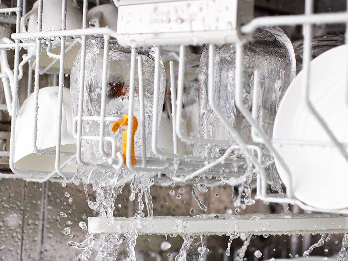 Minimaler Verbrauch: Im Programm Automatic mit besten Reinigungsergebnissen bei minimalem Wasserverbrauch.